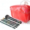 Lola ชุดแปรง+กระเป๋าสีแดง ประกอบด้วย 5 ชิ้นแปรง