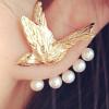 ต่างหูนกสีทองโบยบิน