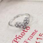 แหวนหัวใจติดเพชร