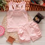 ชุดเสื้อกล้าม+กางเกงขาสั้น สีชมพู ตรงคอปักมุก การตัดเย็บเรียบร้อย สวมใส่สบายค่ะ ไซส์ L,XL,XXL