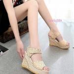 Korea Style รองเท้าส้นเตารีดคุณภาพดี เป็นลูกไม้