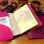 สั่งผลิต The Signature Passport Holder (ปกพาสปอร์ต) เพื่อเป็นของพรีเมี่ยม ของขวัญ ของชำร่วย