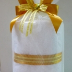 ผ้าเช็ดตัวขาว 24x48 นิ้ว พร้อมถุงผ้าตาข่าย