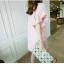เดรสผ้าป่านคอตตอนลินินแต่งขอบปลายผู้สีชมพูแมตช์กันกับตัวเสื้อ thumbnail 3