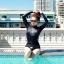 SM-V1-518 ชุดว่ายน้ำแขนยาว สีดำ สกรีนอักษรที่หน้าอก กางเกงบิกินี่ thumbnail 4