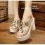 รองเท้าส้นสูงสไตล์เกาหลีลุคลำลองๆด้านหน้าประดับคริสตัลบนพลาสติกใสนิ่ม thumbnail 1