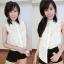เสื้อลูกไม้ฉลุ แขนกุดคอปก งานสไตส์เกาหลีน่ารักๆไฮโซสุดๆ thumbnail 4