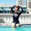 SM-V1-518 ชุดว่ายน้ำแขนยาว สีดำ สกรีนอักษรที่หน้าอก กางเกงบิกินี่ thumbnail 1