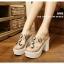 รองเท้าส้นสูงสไตล์เกาหลีลุคลำลองๆด้านหน้าประดับคริสตัลบนพลาสติกใสนิ่ม thumbnail 2