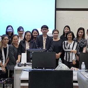 บรรยากาศสอนขายของออนไลน์และสอนการตลาดออนไลน์ให้นักศึกษาMini MBA คณะศึกษาศาสตร์ ม.เกษตร สอนโดยอาจารย์ใบตองและอาจารย์บอล