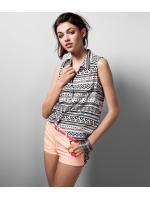 SALES!!! H&M GEOMETRIC PATTERN SLEEVELESS SHIRT - เสื้อเชิ้ตเเขนกุด สีขาวลาย Geometric สีดำ สินค้านำเข้าอย่างดี