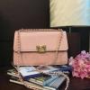กระเป๋า CHARLE & KEITH QUILTED CHAIN SHOULD BAG 2016 Pink กระเป๋าสะพาย รุ่นใหม่ล่าสุดแบบชนช็อป
