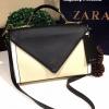 กระเป๋า Zara Crossbody Bag With Contrast Flap 2016 กระเป๋าสะพายหนังแกะสังเคราะห์เนื้อนิ่มสี ดำตัดขาวรุ่นใหม่ล่าสุดแบบชนช็อป มาในสไตล์ Casual