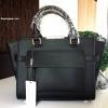 กระเป๋า CHARLES & KEITH TRAPEZE TOP HANDLE BAG สีดำ ราคา 1,490 บาท Free Ems