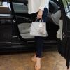 ระเป๋าถือหรือสะพายจาก แบรนด์ Parfois ขนาดกระทัดรัดกำลังดี มีช่องใส่ของจุกจิกด้านใน สีสวยคะ เข้ากับชุดได้ง่ายมากๆ