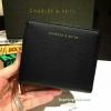 กระเป๋าสตางค์ CHARLES & KEITH Mini Wallet สีดำ ใบสั้น สองพับ ซิปรอบ วัสดุหนังคาเวียร์ตัดหนัง Saffoano สวยหรูดูดี