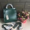 กระเป๋าถือหรือสะพาย CHARLES & KEITH TOP HANDLE BAG สีเขียว ราคา 1,590 บาท Free Ems