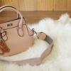 กระเป๋าแฟชั่น Toolbox Leather For Lady Bag สีชมพูอ่อน ฟรีพวงกุญแจ ราคา 1,290 บาท Free Ems