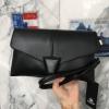 กระเป๋า KEEP Clutch bag with strap Size L สีดำ ราคา 1,190 บาท Free Ems