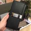 กระเป๋าสตางค์ CHARLESKEITH METAL CLASP WALLET สีดำ ราคา 1,190 บาท Free Ems
