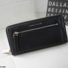 กระเป๋าสตางค์ Charle & Keith Front Zip Detail Wallet สีดำ ราคา 1,090 บาท Free Ems