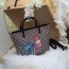 กระเป๋าถือสะพาย แฟชั่น Gucci Style รุ่นใหม่มีซิปด้านบน ลาย monogram สกรีนรูปไก่ น่ารักมาก 1190 ส่งฟรี ems