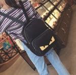 กระเป๋าสะพายเป้ magic bag รุ่นใหม่ล่าสุด งานสวยๆน่ารัก แฟชั่นสไตล์ Fandi วัสดุทำจากไนล่อนเนื้อหนาอย่างดี ราคา 990 ส่งฟรี ems