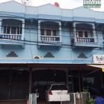 อาคารพาณิชย์ 2.5 ชั้น 23.6 ตรว. ริมถนน โค้งวัดขุนตรา บ้านกุ่ม เมืองเพชรบุรี