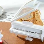 กล่องดนตรีเปียโน ตุ๊กตาบันเล่เต้นรำ <พร้อมส่ง>