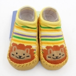 ถุงเท้ารองเท้า มีกันลื่น เนื้อผ้านุ่มนิ่ม สำหรับเด็กวัย 6-12m/12-18m ลายสิงโตสีเหลือง
