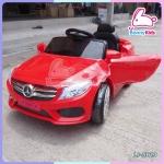 รถแบตเตอรี่เด็กเบนซ์ สีแดง 2 มอเตอร์ เปิดประตูได้ มีรีโมท หรือบังคับเองได้