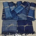 ผ้าพันคอย้อมครามทอมือ Premium Gift *สินค้า Handmade 100% ราคา 490 บาท(Ems +70) Bagshopweb.com