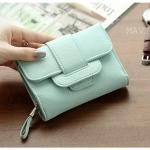 กระเป๋าสตางค์ใบกลาง Mavy สีเขียว