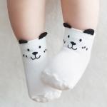 ถุงเท้าเด็กเล็ก ลายหมีสีขาว มีหูเล็กๆ ตรงขอบยางยืด สำหรับเด็ก 0-2/2-4 ปี