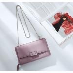 กระเป๋าสตางค์สะพายข้าง FOREVER YOUNG LADY BAGGY สีชมพู