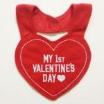 ผ้ากันเปื้อน ซับน้ำลาย Carter 's เนื้อผ้าขนหนู My 1st Valentine 's Day
