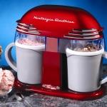 เครื่องทำไอศครีม Nostalgia 50s-Style Double Ice Cream Maker < พร้อมส่ง >