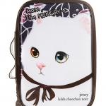 กระเป๋าใส่เครื่องสำอาง อุปกรณ์แต่งหน้า ลายแมว Choo Choo ฮอตฮิต เอาใจคนรักแมว น่ารักสุดๆ ค่ะ ผลิตจาก PVC คุณภาพดี พกพาสะดวก สัมผัสลื่น น่าใช้มากๆ ค่ะ