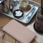 Amory classic wallet สีชมพูอ่อน #ใบนี้หนังแท้ค่ะ