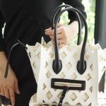 กระเป๋าถือสะพาย แฟชั่นสไตล์ Celine Medium cut out phantom 2017 มาพร้อมกระเป๋าใบเล็ก ราคา 1190 ส่งฟรี ems