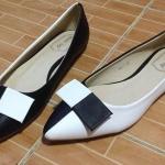 ** ไซส์ 39 ** รองเท้าส้นแบน หัวแหลม สีขาวสลับดำ แบบเก๋มาใหม่ กำลังฮิต นำเข้าจากเกาหลี