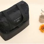กระเป๋าเก็บความเย็น สะพายได้ เป็นตาข่าย เก็บอุณหภูมิร้อน-เย็น รูปทรงสวย เก๋ กะทัดรัด คุณภาพดี มีดีไซน์ (สีดำ)