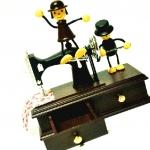 กล่องดนตรีตุ๊กตาจักรหมุน <พร้อมส่ง>