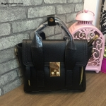 กระเป๋าแฟชั่นยอดฮิต สไตล์ Phillip Lim สีดำ ราคา 990 บาท Free Ems