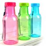 ขวดน้ำพลาสติกสีพกพา แบบฝาจีบ
