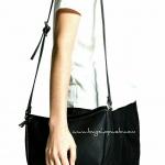 กระเป๋า Mango Pebbled Cross-Body Bag รุ่นยอดนิยม