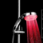 ฝักบัวอาบน้ำ LED เปลี่ยนสีตามอุณหภูมิ