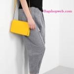 กระเป๋าสะพาย H&M รุ่น small shoulder bag •มี 3 สี : ดำ , ชมพูนู้ด , เหลือง