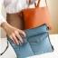 กระเป๋าใส่ไอแพด หรือแท็บเล็ต ผลิตจากโพลีเอสเตอร์เนื้อละเอียด บุด้วยใยสังเคราะห์เนื้อนุ่ม พกพาสะดวก ป้องกันรอยขีดข่วนได้ดีมาก thumbnail 6