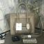 กระเป๋า BERKE HANDBAG กระเป๋าทรงหรู look like Celine brand หนังดีมาก จาก แบรนด์ BERKE อยู่ทรงสวยค่ะ หนังเนื้อดี เรียบหรู ขนาดกำลังดีเลย จุของคุ้มมากสำหรับผู้หญิง ภายในมีช่องซิปย่อยแยกเป็นสัดส่วน thumbnail 10